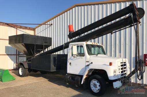 International Auger Truck For Sale